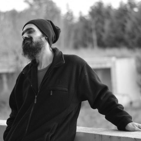 Νικόλας Δημηνάκης – «Brainstrorming» – Τρίτη 7μμ – 9μμ