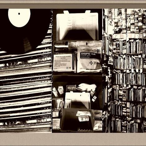 Τάσος Ρήτος – Unhide the stories featuring «The Drugstore» – Κάθε 2η Τετάρτη του μήνα στις 9μμ
