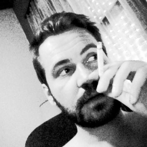 Βασίλης Σαραϊλής – «Disorder» – Κυριακή 9μμ-11μμ