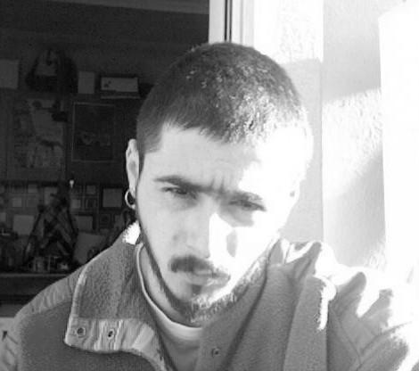 Γιάννης Καψάλας – «Τα synth και τα πλήνθ» – Πέμπτη 7μμ-9μμ