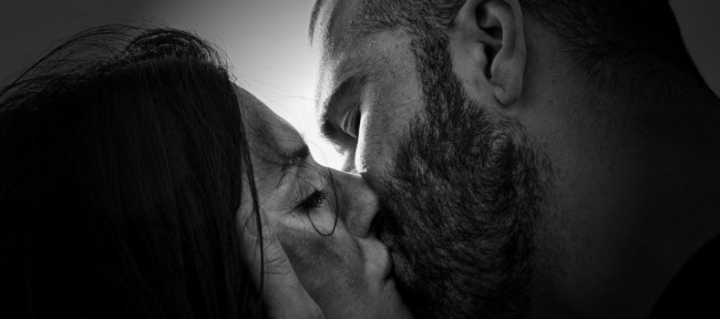 """""""Τίποτα. Μια αδιανόητη ιστορία αγάπης""""- Θέατρο του Άλλοτε – Οκτώβριος στο Μπενσουσάν Χαν"""