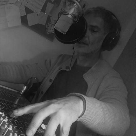 Μάκης Σταματίδης (funk off) – «Underground» – Τρίτη 7μμ-9μμ